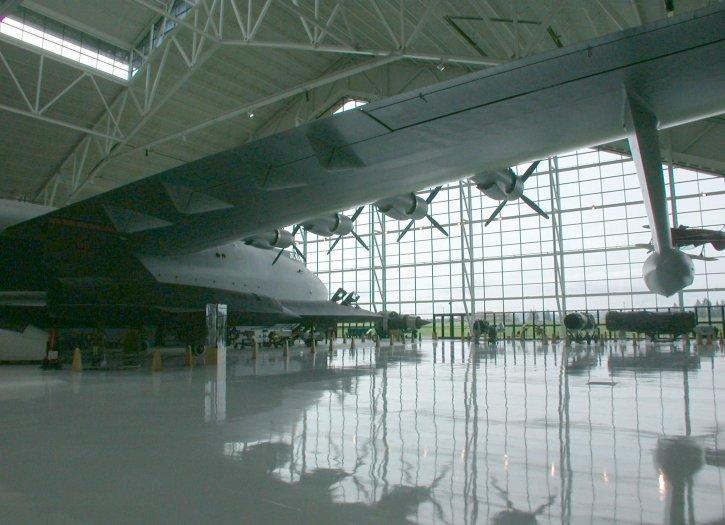 flyvemaskine, hangar