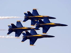 Mavi Melekler, uçak, gökyüzü