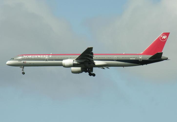 Boeing 757-300, plane, aircraft, flying