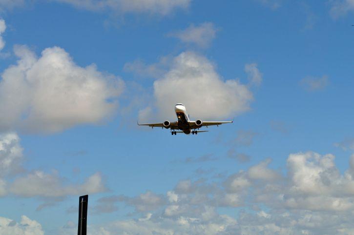 landing, aircraft, civilian, airport