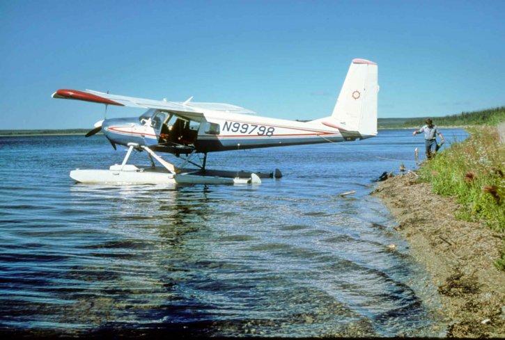 Floatplane, hidroavion, voda
