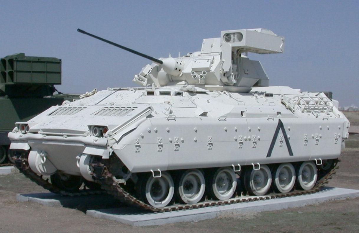 free picture bradley infantry combat vehicle antitank missile