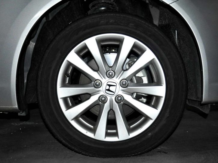 detailed, image, metallic, alloy, wheels