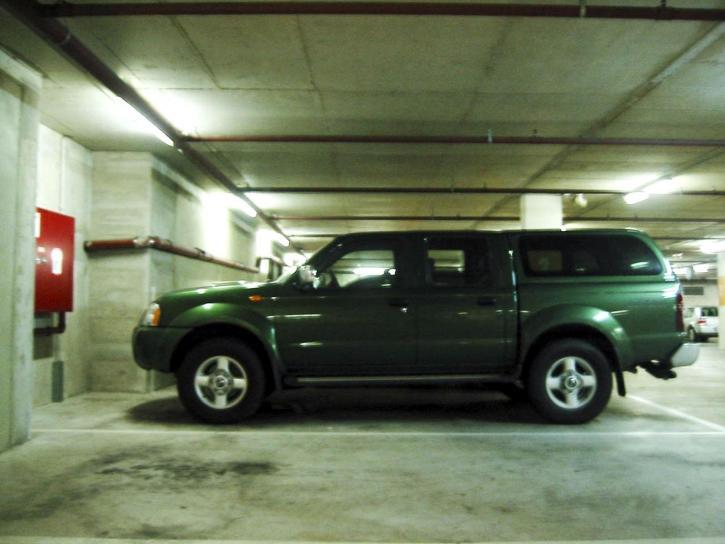 image libre jeep voiture m tro garage. Black Bedroom Furniture Sets. Home Design Ideas
