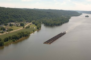 barge, Ohio, river