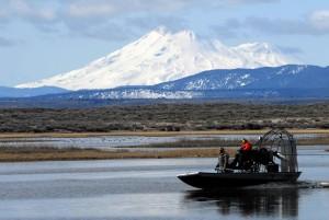 boaters, Araba sürme, tekne, göl