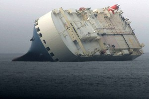 cargo, ship, stranded, water