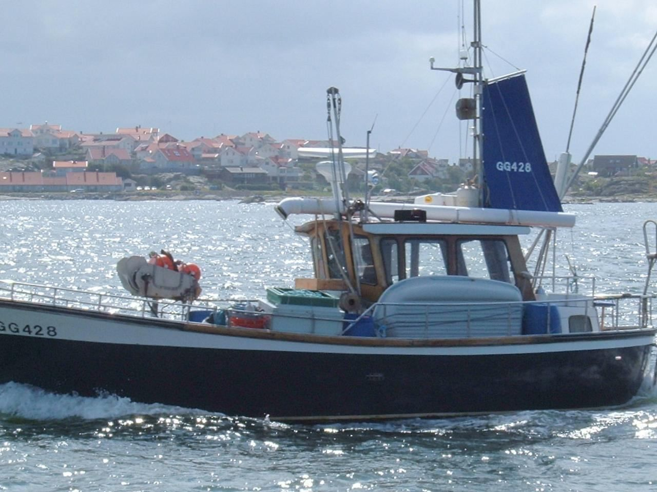 Free picture fishing boat sea for Free fishing boats