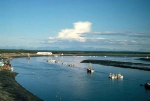fiskebåter, elv