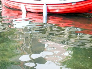 small, boat, water, reflection