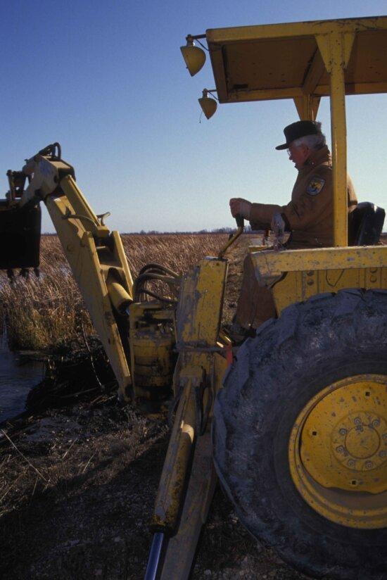 employee, tractor, manage, wetland, habitat, area