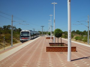 Station, Plattform, im älteren Stil, Westrail, Triebwagen