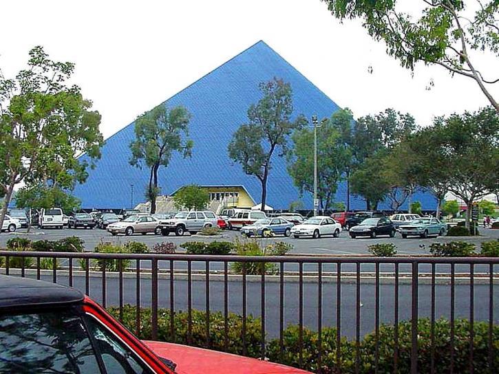 pyramide, longue plage