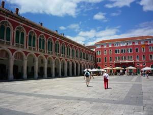 Split-, Matkailu-, kaupunki, Kroatia, Balkanin