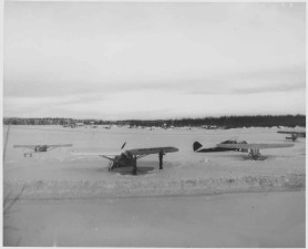 airplanes, vintage, photo, winter time
