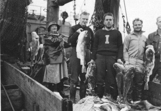 fishermen, boat, fish, caught, posing, camera, antique, photo