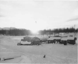 hangar, les installations, les véhicules, l'hiver, cru, photo