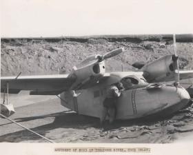 злополука, n725, самолет, Теодор, река, Кук, входа