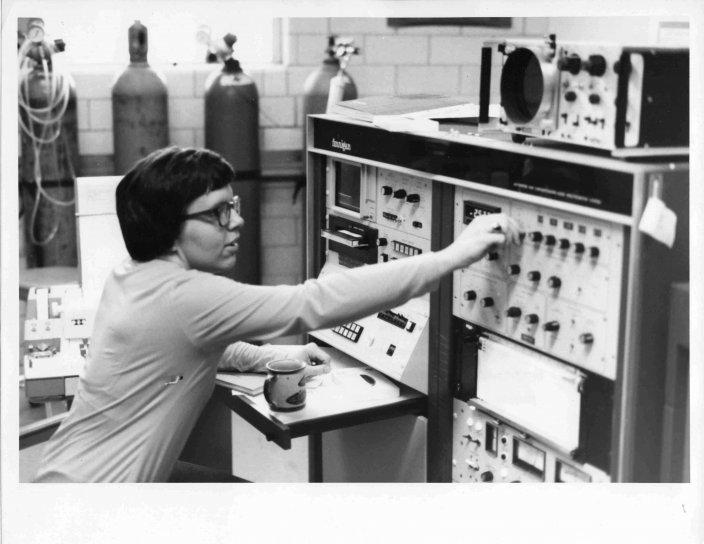 Laki-laki, ilmuwan, pekerjaan, gas, chromatograph