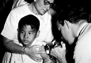 jet, injector, gun, mass, smallpox, immunization, procedures