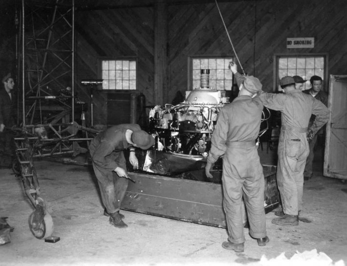 hommes, employés, atelier, travail, moteur, turbine