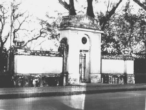 ronald, Ross, monument