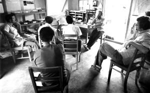assis, bureau, fond, face, réunion, les participants