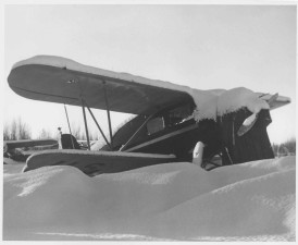 mali, zrakoplov, zakopan, snijeg
