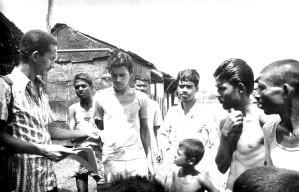 team, member, handing, leaflets
