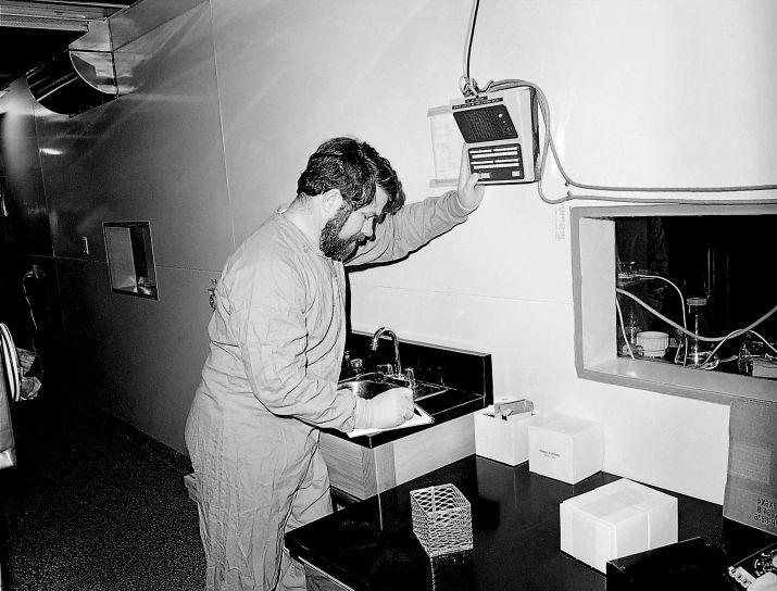 tekniker, kommunicera, forskare, inneslutning, laboratorium, intercom system