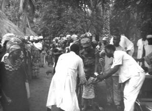 nigerian, child, receiving, smallpox, vaccination