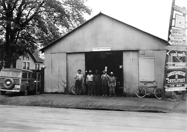 gamle, vintage, foto, bygge, mennesker, foran