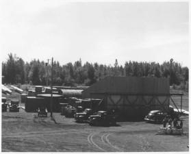 original, hangar, les installations, le lac, le capot
