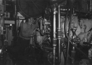uxilliary, engine, caterpillar, diesel, generator, washington
