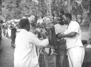 woman, receiving, smallpox, vaccination